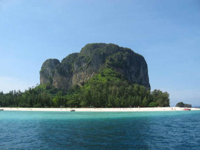 Krabi  3 days 2 nights (3 stars hotel)
